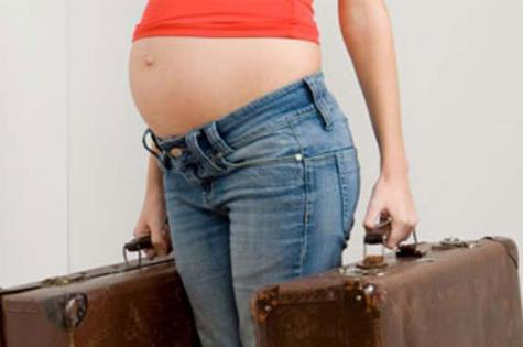 viajar-embarazada-maletas